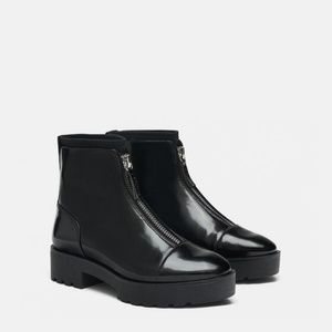 NWOT Zara Size 6 Front Zip Ankle Boots